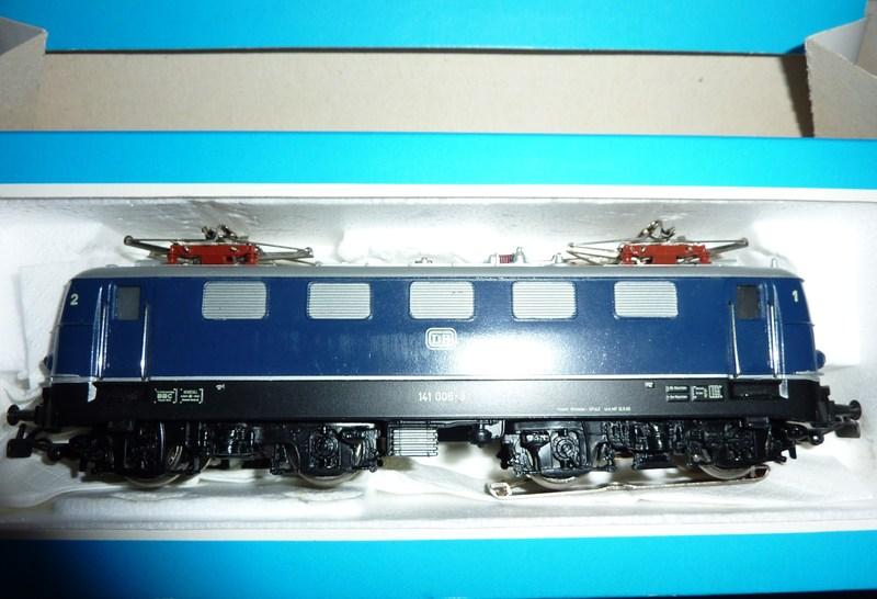 141.005: Blau P1030290oqaf