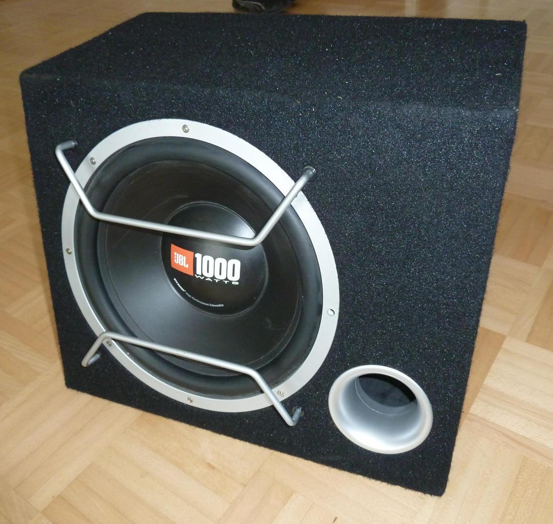 jbl gt 4 12 subwoofer 1000 watt kenwood endstufe kac 716. Black Bedroom Furniture Sets. Home Design Ideas