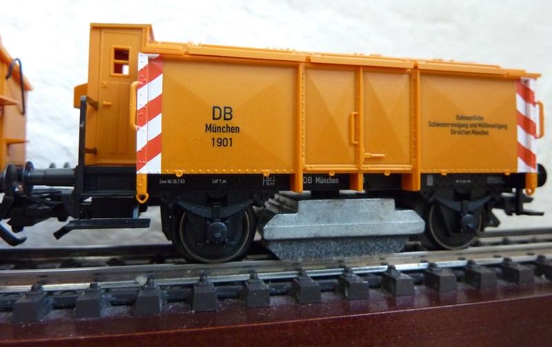 46041 Schienenreinigungswagen P1050085wfrf