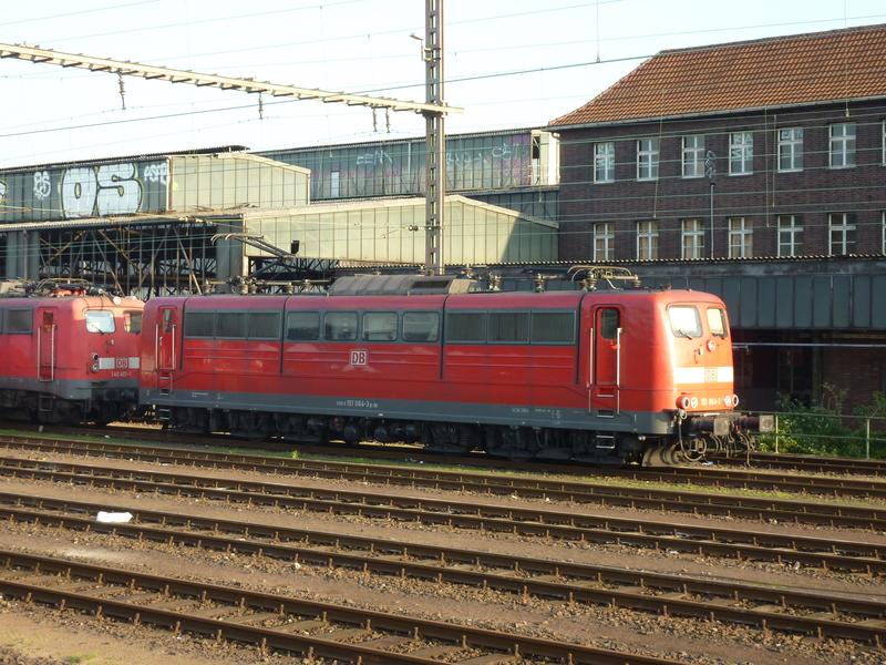 Verkehrsrote Railion Loks  P1050158uzfab