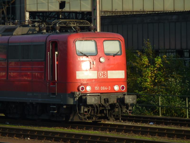 Verkehrsrote Railion Loks  P1050163ujdap