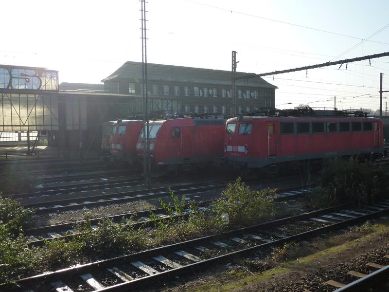 Verkehrsrote Railion Loks  P105018076fbf