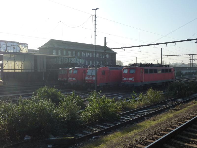 Verkehrsrote Railion Loks  P105018137eo9