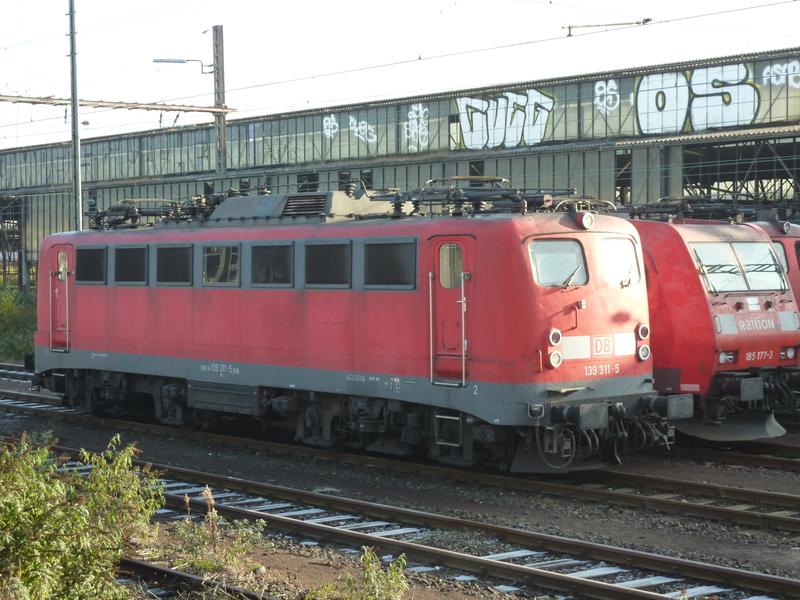Verkehrsrote Railion Loks  P1050184gzdws