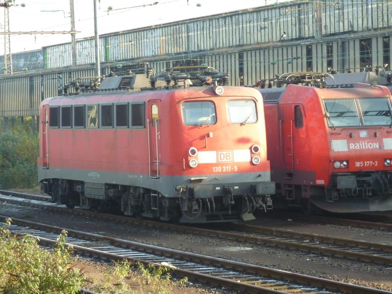 Verkehrsrote Railion Loks  P1050189ckc6d