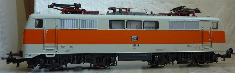 111.136: Orange-Beige P1060588mvxps