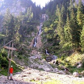 Cascada Cailor, 90 m Fallhöhe