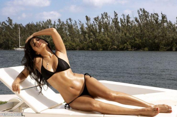 Dziewczyna dnia: Sunny Leone 36