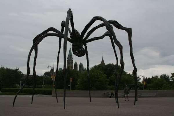 Dziwaczne rzeźby 7