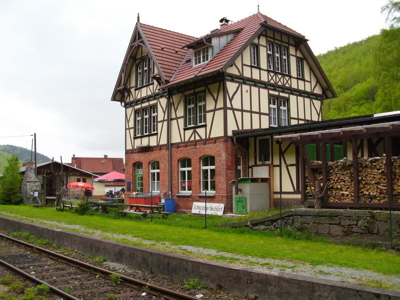 Hotel In Eben Nahe Bahnhof