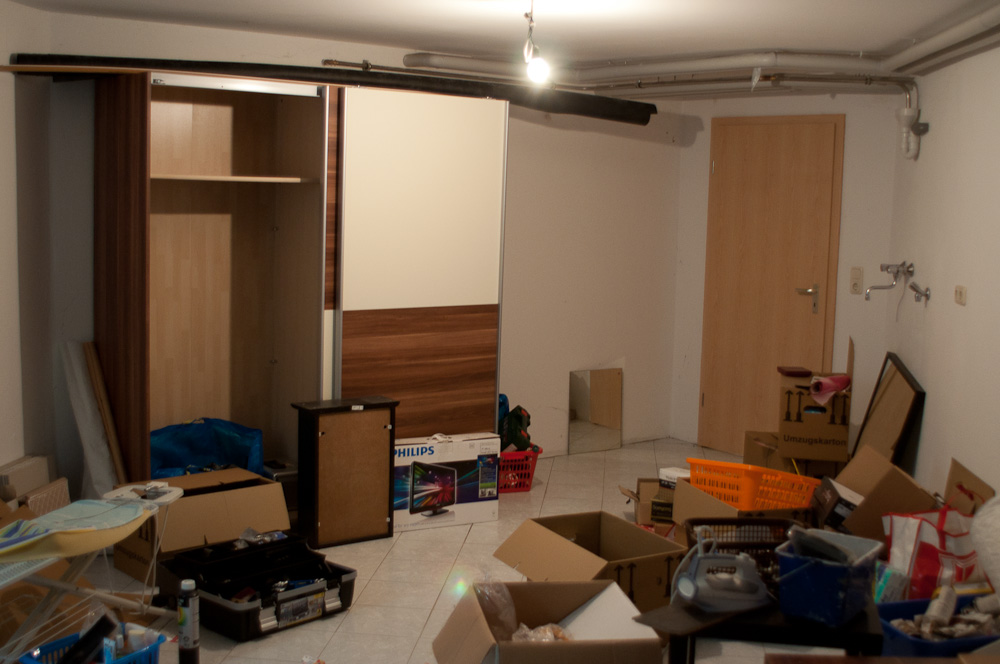 einfaches fotostudio im keller einrichten netzwerk fotografie nikon community. Black Bedroom Furniture Sets. Home Design Ideas