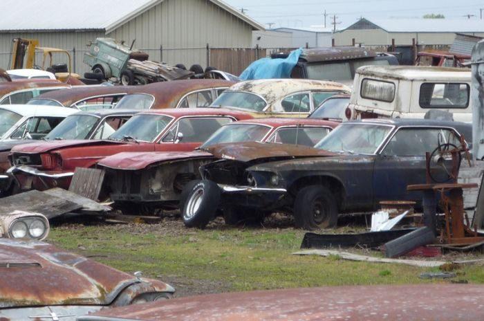 Cmentarzysko samochodów #2 57