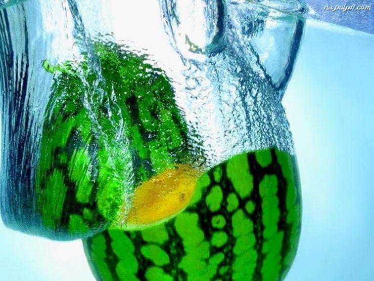 Owoce w wodzie :) 18