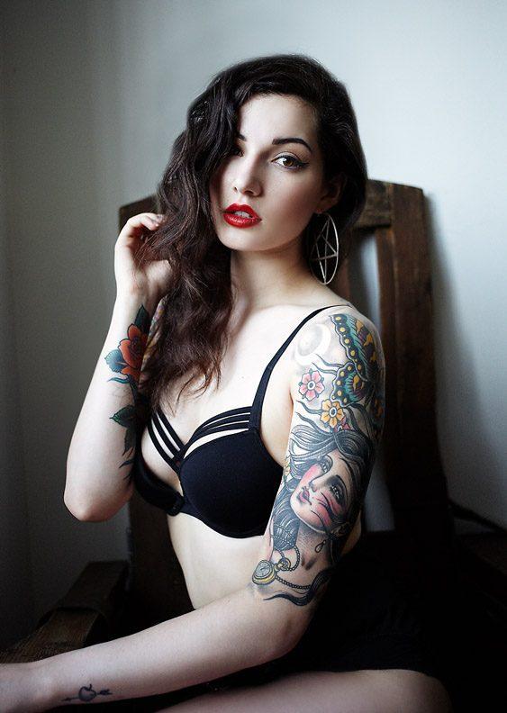 Dziewczyny z tatuażami #3 33