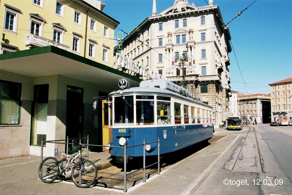 http://www.abload.de/img/tram-ts01hrsg.jpg
