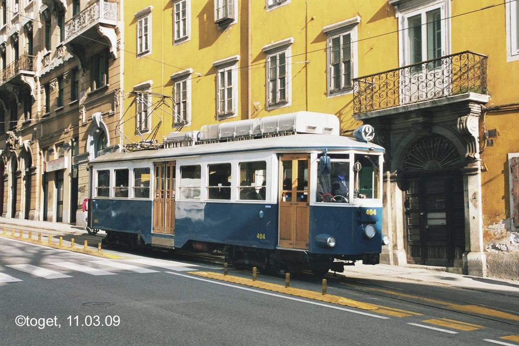http://www.abload.de/img/tram-ts02aosl.jpg