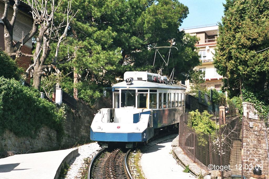 http://www.abload.de/img/tram-ts060vpg.jpg