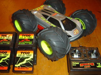 ricochet rc car with Page 84 on Rc Car Battery Charger Review in addition P481095 furthermore Ecx Roost 4wd Desert Buggy 1 18 Grey And Yellow Ecx01005t2 furthermore La France Met Au Point Un Prototype De Char Helicoptere De  bat Tres Controverse besides Watch.