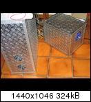Groß & Klein vereint. Links: der erste Eigenbau (600x200x500 mm HxBxT). Rechts: leicht handlicher (305x305x405 mm)