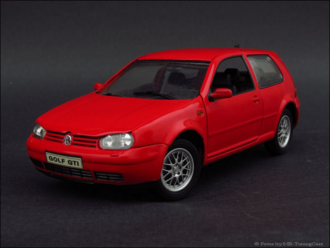 1 18 vw golf 4 gti rot in orginal verpackung kein tuning rar ebay. Black Bedroom Furniture Sets. Home Design Ideas