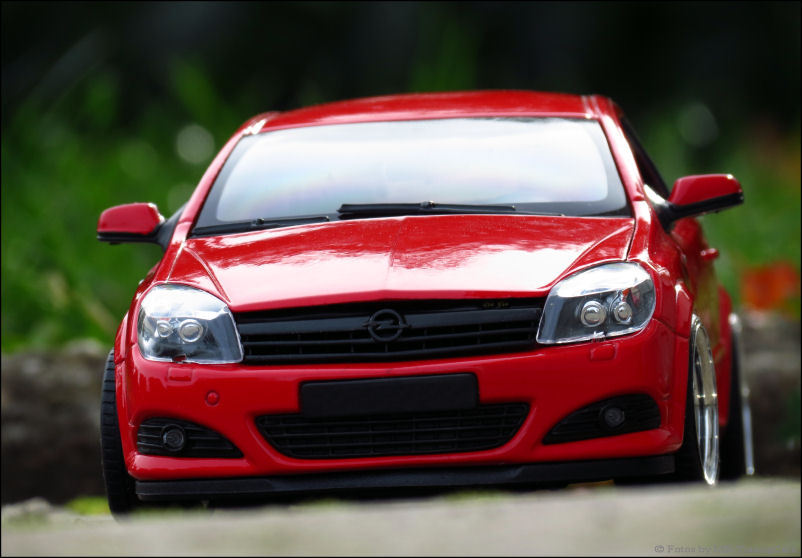 1 18 tuning opel astra gtc coupe rot red bj 2005. Black Bedroom Furniture Sets. Home Design Ideas