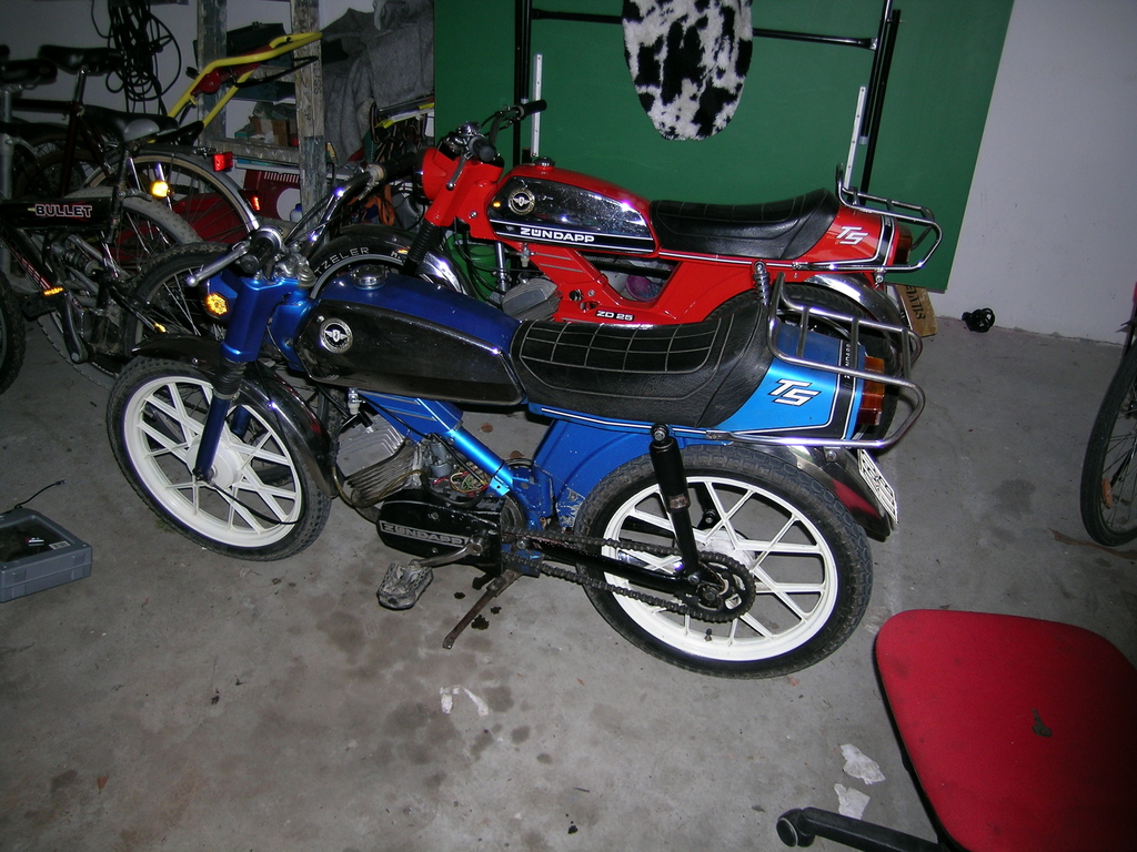 alle mopeds mit 70ccm