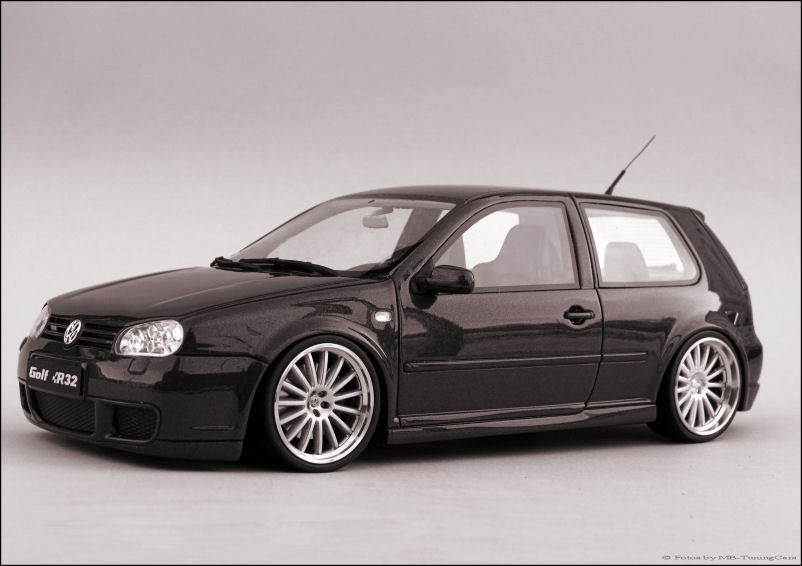 1 18 tuning vw golf 4 iv gti r32 echt alu pvc felgen. Black Bedroom Furniture Sets. Home Design Ideas