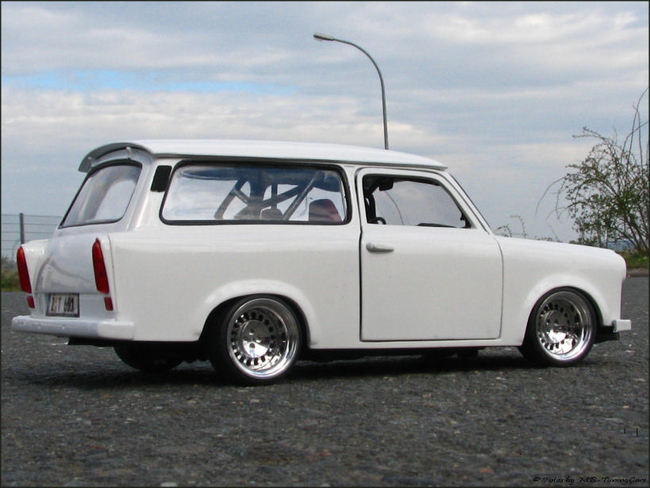 1 18 tuning trabant 601 kombi mit 14 th line echtalu s ebay. Black Bedroom Furniture Sets. Home Design Ideas